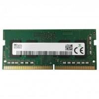 Модуль пам'яті для ноутбука SoDIMM DDR4 4GB 2400 MHz Hynix (HMA851S6AFR6N-UH)